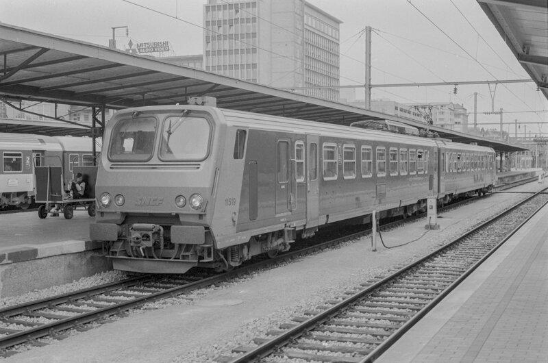 1990-e-9005207-1121629a
