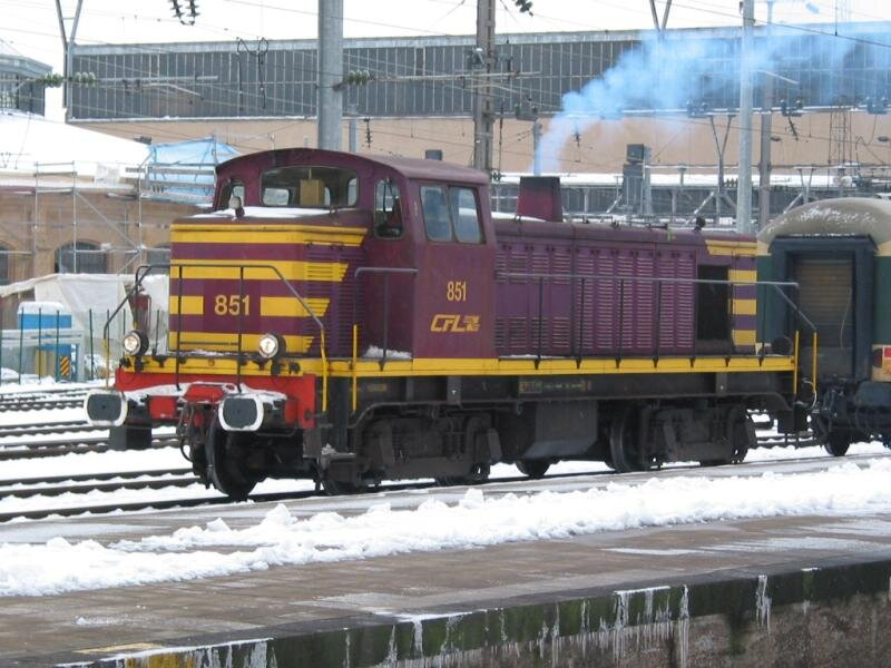 ClBa_851cflluxembourg-gare07012003