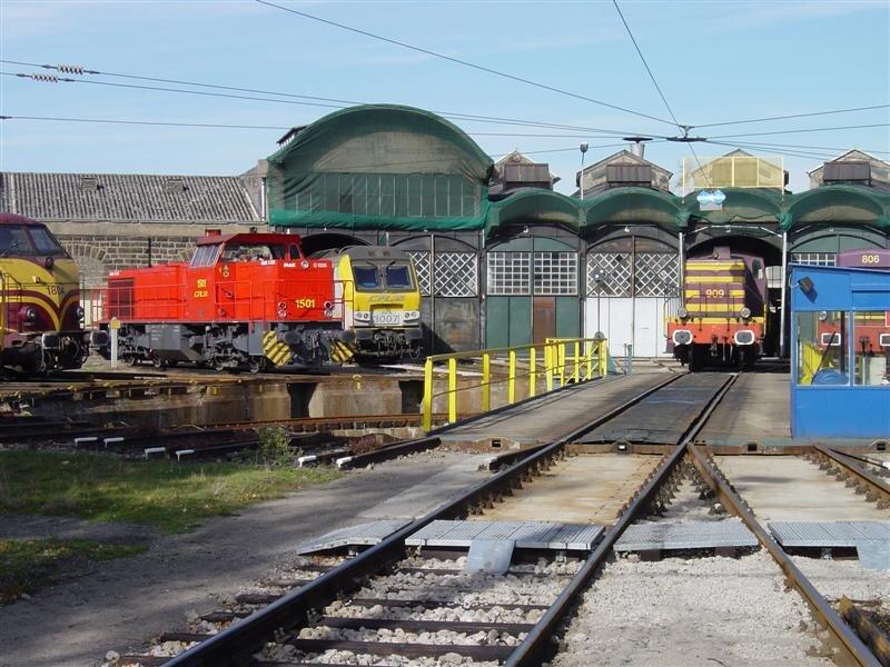 ClBa_cfl_1501-1804-3007-909_lux-depot_14102003