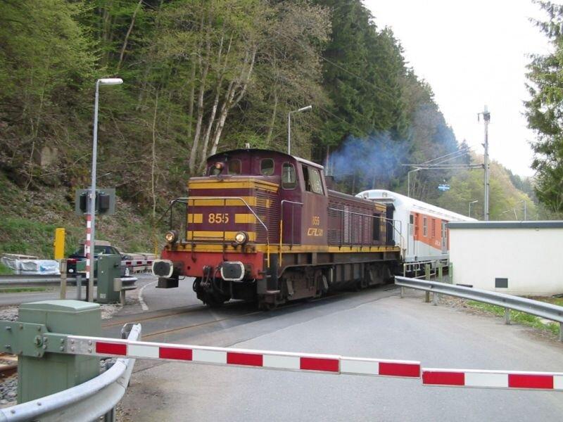 DiAc_cfl_855_ongwag_kautenbach_270404b