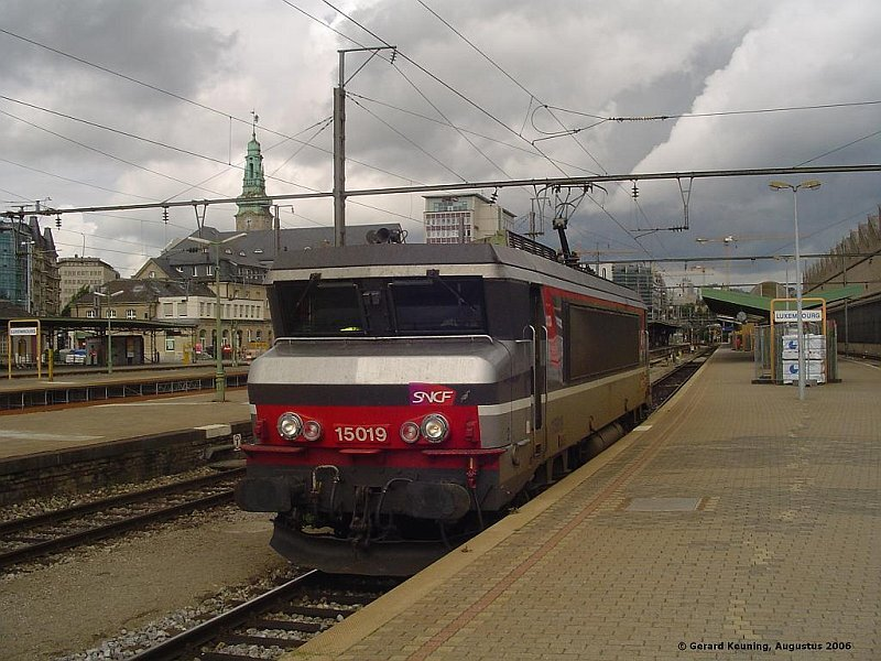 GeKe_cfl1800_sncf_15019_op_station_luxemburg1