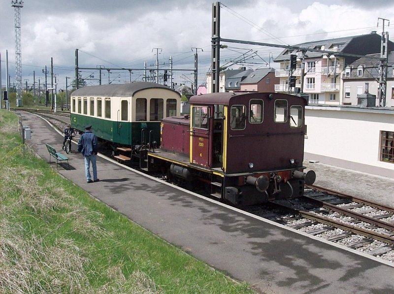 HaCi_hanscijs_amtf_2001_eerste_rijdag_train_1900_petingen_010508