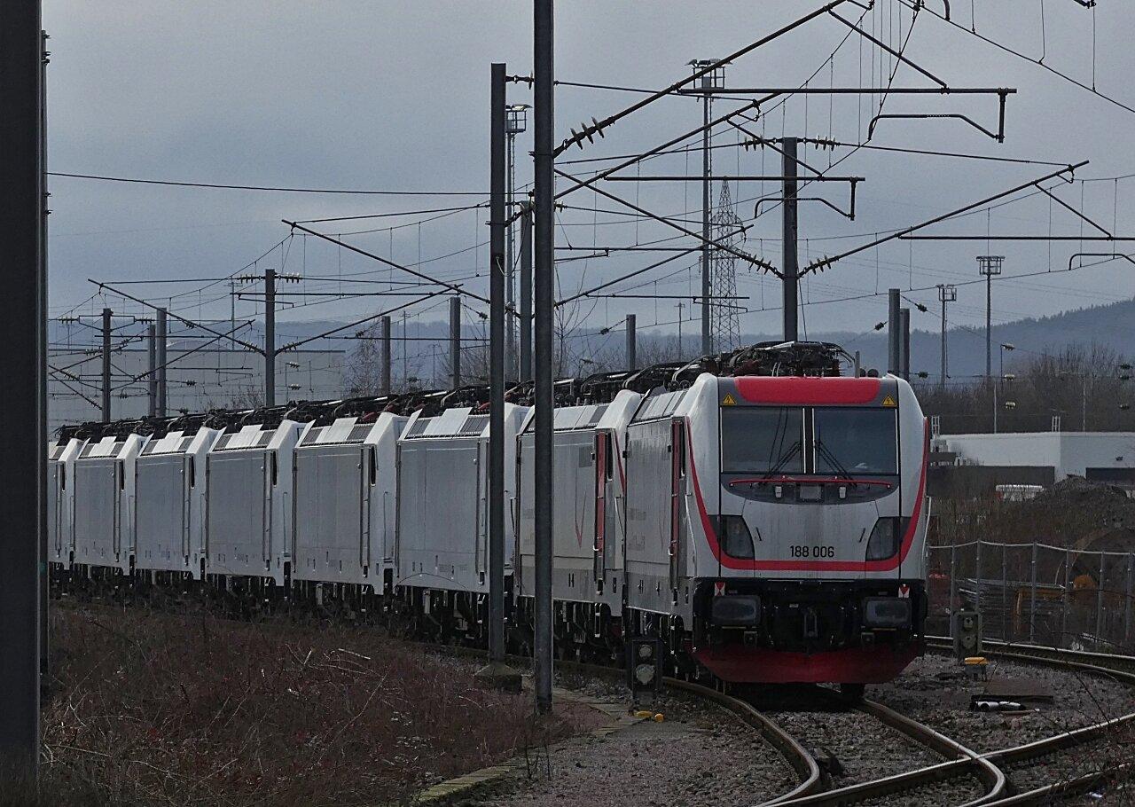 P1010807 Ji