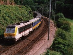 The Ardennen-Express is heading north pulled by the 3008.